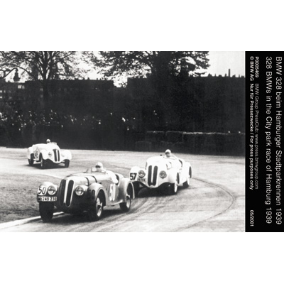 328 BMWs in the City park race Hamburg 1939     05/01