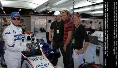 Nick Heidfeld and Robert Kubica BMW Sauber F1 Team Drivers 2007 with German swimmers Annika Lurz, Mark Warnecke and Thomas Rupprath.