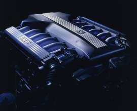 BMW 12-Zylinder Motor (E38) (05/2009)