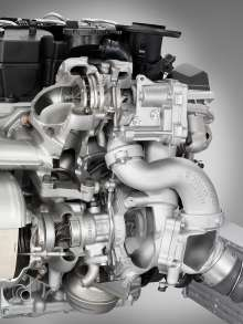 BMW Inline 6-cylinder Diesel Engine with TwinPower Turbo and 2000bar piezo injectors. Detail shows the 2 turbo chargers (06/2009)