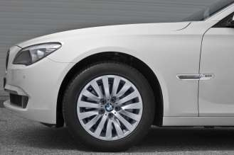 25 Years BMW All-Wheel-Drive Expertise - BMW 7 Series xDrive model year 2009 (10/2010)