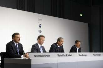 Dr. Norbert Reithofer, Maximilian Schöberl, Dr. Klaus Draeger und Dr. Mario Theissen, BMW Group Pressekonferenz, 29.07.2009, BMW Headquarter, Munich