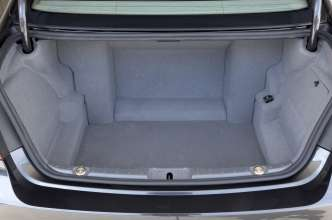 The BMW 7 Series High Security -Luggage Compartment (07/2009)