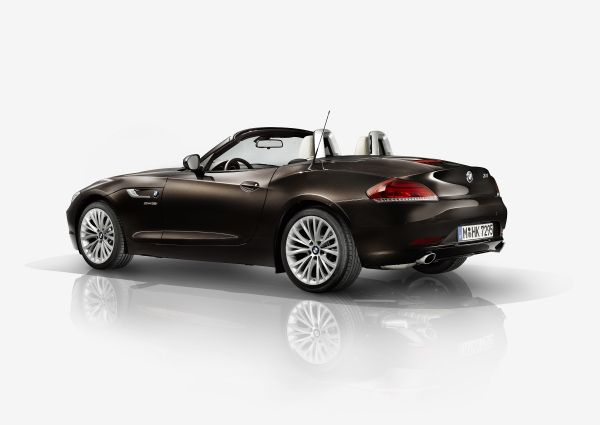 new 2014 bmw z4 roadster for sale near baltimore md lease a new 2014 bmw z4 roadster in towson. Black Bedroom Furniture Sets. Home Design Ideas