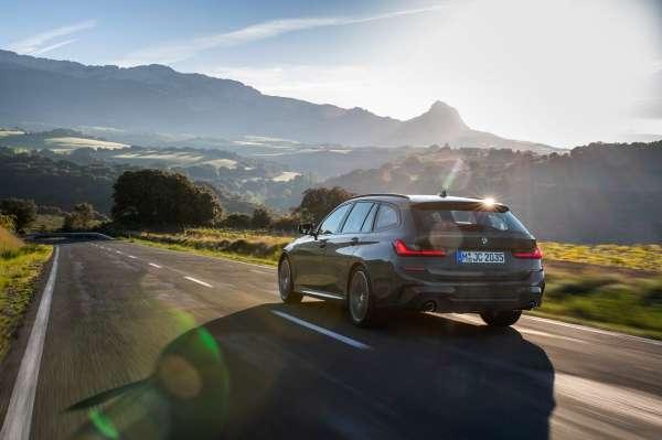 "The new BMW 3 Series Touring, Model M Sport, BMW Individual Dravit Grey metallic, 19"" BMW Individual Rim Styling 793I (06/2019)."