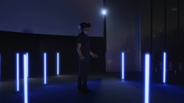 BMW Group uses virtual reality to design future production workstations